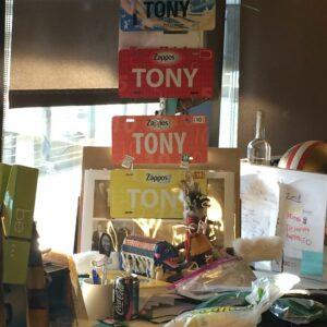 tony hsieh desk close up