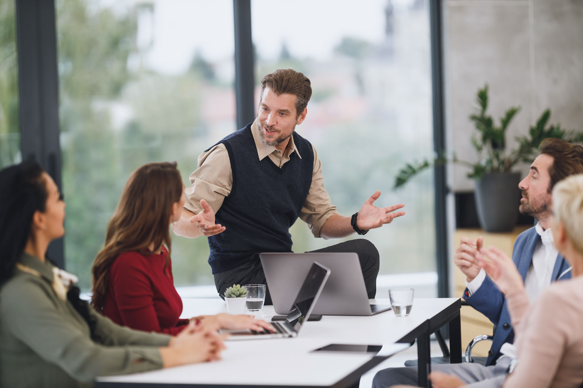 Effective Communication Strategies For Assistants